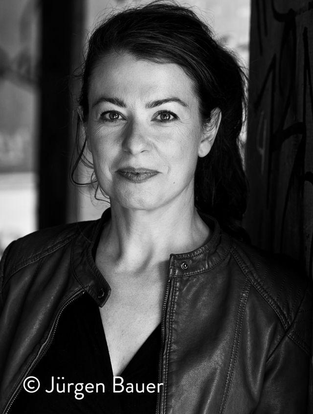 Andrea Heuser gewinnt das Literaturstipendium der Kunststiftung NRW