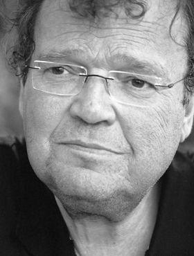 Volker Neuhaus